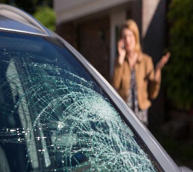 Car-glass-repair-and-replace