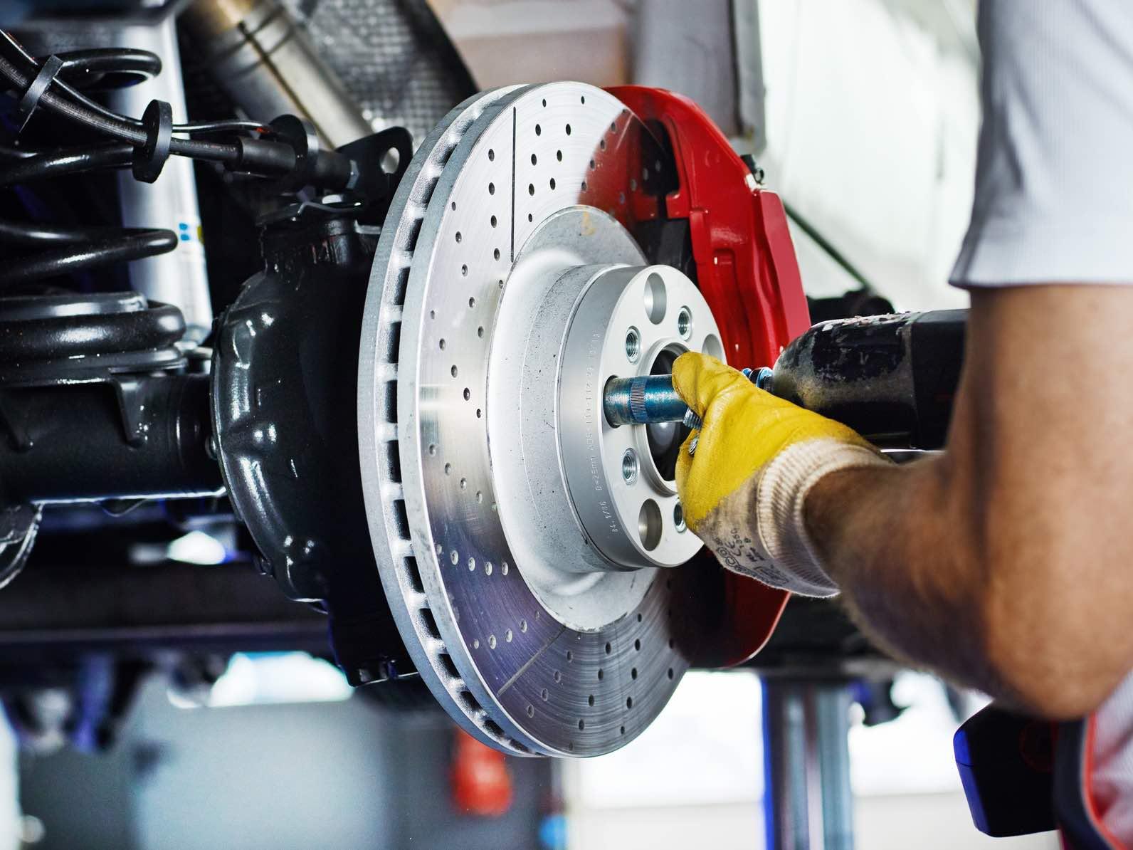 Break-maintenance-repair